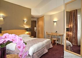 HOTEL BEST WESTERN LE PATIO SAINT ANTOINE PARIS